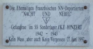 Erinnerungsplakette am SS-Sonderlager/KZ HinzertFoto: Cristoph Lange CC-BY-SA 3.0